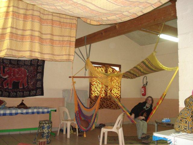 La grande salle aux couleurs Africaines