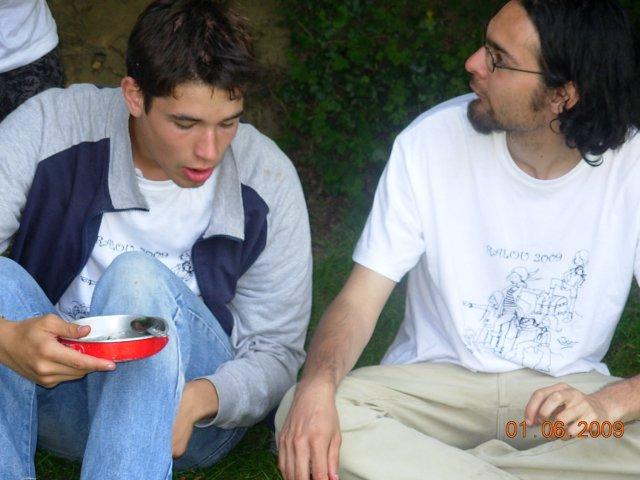 Gaspard et Maël : les respons aussi ont droit aux fraises