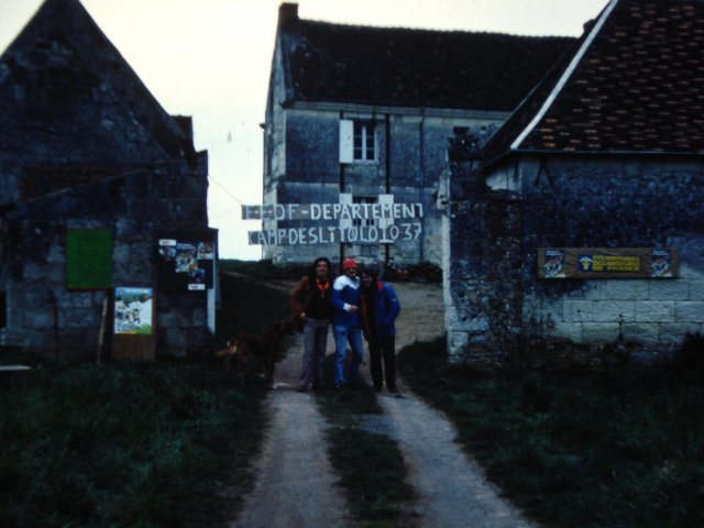 avril 1983_mini camp dépatemental de Pâques (DELITOLOTO)