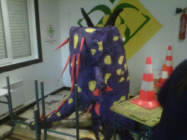 preparation carnaval d'Hellemmes.mars 2011
