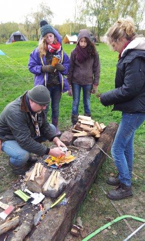 camp de la toussaint 2012, cours pour allumer un feu