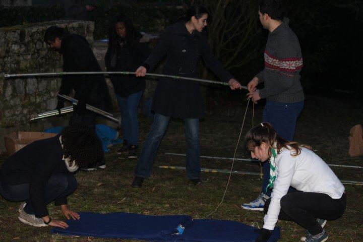 Apprentissage du montage et démontage de tentes