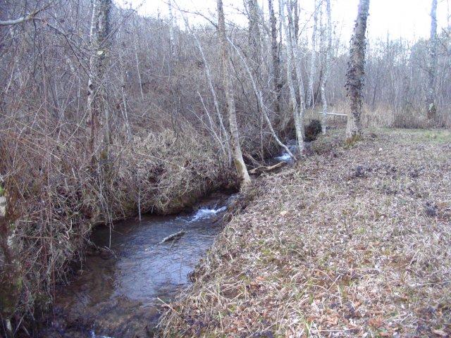 terrain amont