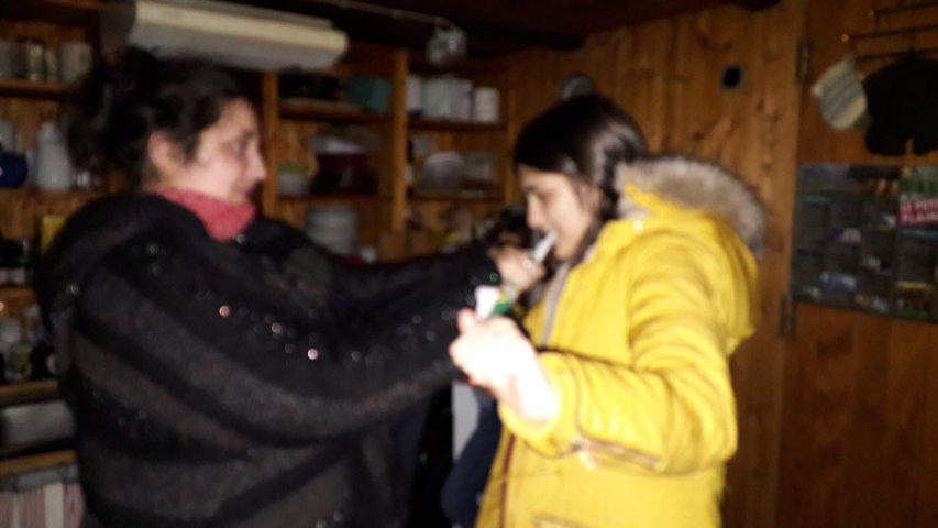 Remise de foulard à Jovana, nouvelle respon parmis nous :)